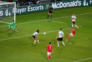 Lo stupendo gol di Robson-Kanu