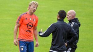 Kuyt e Van Bronckhorst durante un allenamento