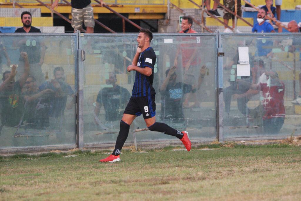 Calciomercato Juventus, una rivale si tira fuori: interesse per Lucca