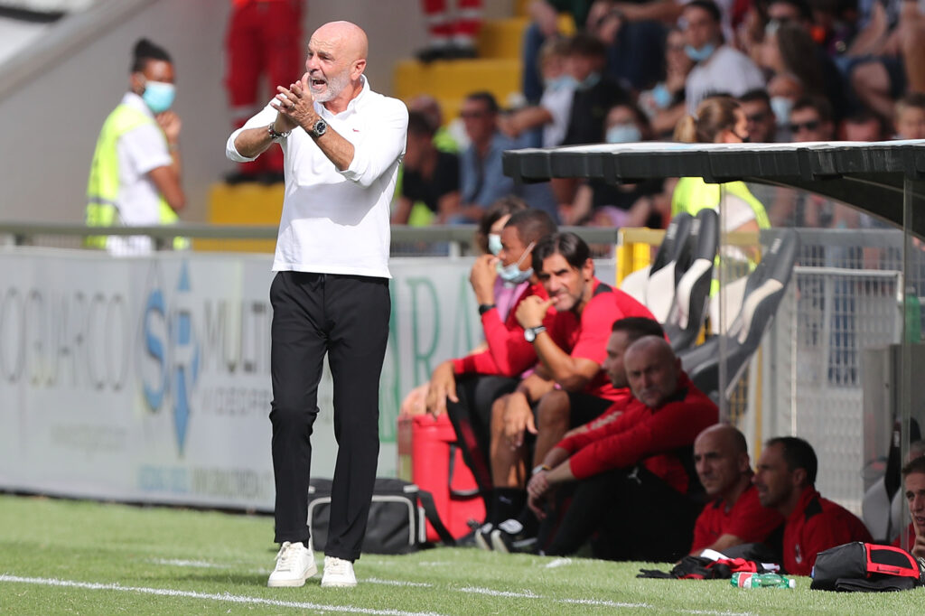 Milan, il club premia Pioli: che riconoscimento!